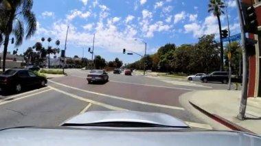 驱动器住宅车通勤交通贝弗利山 — 图库视频影像
