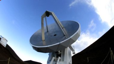 Satellitteknik teleskop astronomi vetenskap — Stockvideo