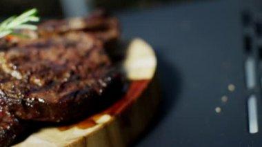 Beef T-Bone Steak BBQ — Stock Video