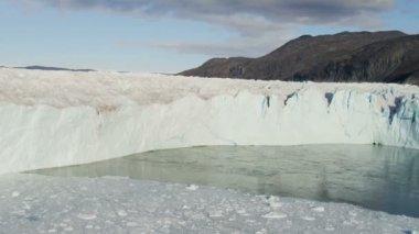 Frozen Ice Mass Arctic Glacier Greenland — Stock Video