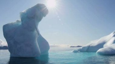 Disko Bay Greenland floating glacial iceberg — Stock Video