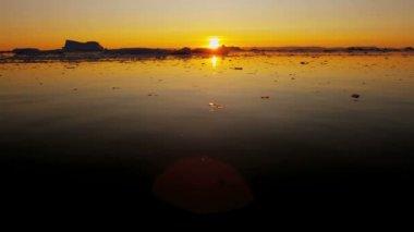 Disko Bay Ilulissat Icefjord Greenland — Stock Video