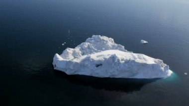 Aerial Greenland arctic ice floes — Stock Video