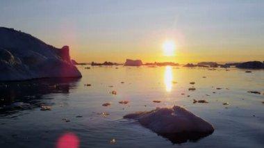 Baía de Disko de fiorde de gelo de Ilulissat Gronelândia — Vídeo stock