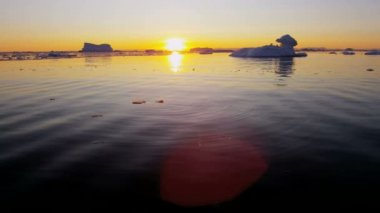 Disko Bay Greenland floating glacial iceberg — Stock Video