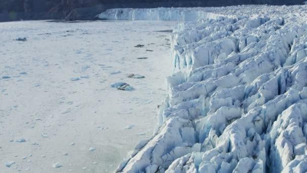 Masa de hielo congelado glaciar Ártico de Groenlandia — Vídeo de stock
