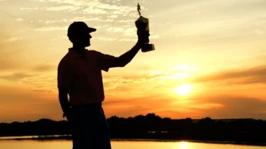 Professional golf player celebrating his victory — Stock Video