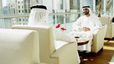 Arabic businessmen discussing their partnership — Stock Video