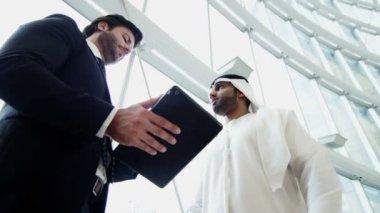 Businessmen discussing their future partnership — Stock Video