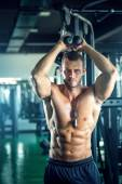 Triceps overhead extension rope — Stock Photo