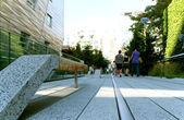 High Line statue. New York City. Elevated pedestrian Park — Stock Photo