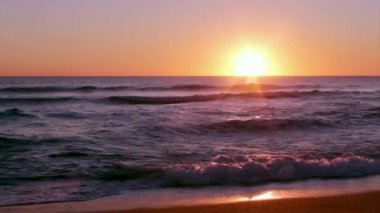 Algarve - Dunas Douradas Sunset, Portugalsko. — Stock video