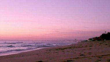 Algarve - Dunas Douradas günbatımı, Portekiz. — Stok video