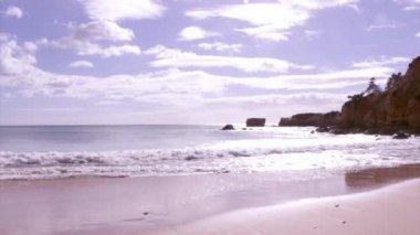 Algarve - Western Atlantic coast St. Eulalia Beach seascape — Stock Video