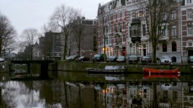 Early morning winter view on city canals Amsterdam. — Stock Video