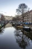 View on one of the heritage city canals of Amsterdam, Netherland — 图库照片