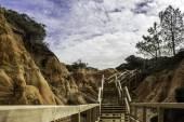 Western Algarve Cliffs Atlantic beach patchway at Falesia beach. — 图库照片