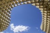 SEVILLE, SPAIN - MAY 2014: Texture graphic detail of Metropol Parasol in Plaza de la Encarnacion on 31 of May 2014 in Sevilla, — 图库照片