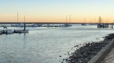 Dusk Time Lapse view to Olhao Recreational Marina, the city capital of Ria Formosa wetlands natural park and important fishing port, Algarve. — Stock Video