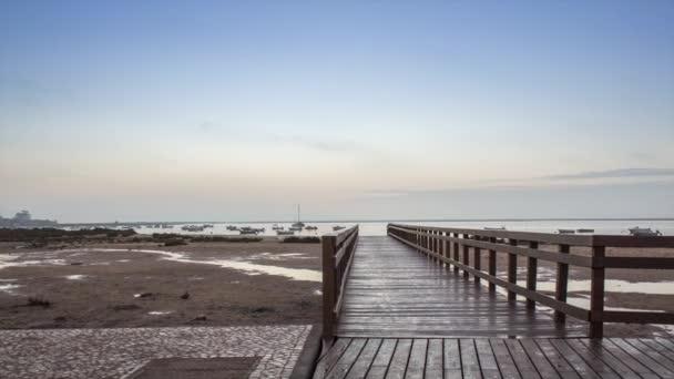 paisaje marino amanecer pan lapso de tiempo en el parque natural de los humedales de