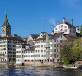 Morgon i Zürichs gamla stan — Stockfoto