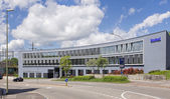Office building in Dubendorf — ストック写真