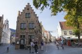 Typical town houses of bruges — Stock Photo