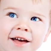 蹒跚学步的金发和蓝眼睛的男孩孩子与各种面部表达 — 图库照片