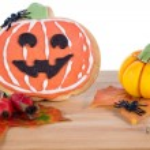 Halloween arrangement with cookie and pumpkins — Stock Photo #55424253