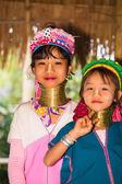 Karen tribal girls from Padaung long neck hill tribe village — Stock Photo