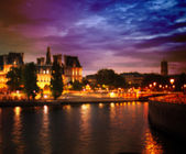 Out-of-focus shimmering city background of Paris, France  — Foto Stock