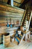 Interieur van traditionele houten huis — Stockfoto