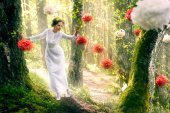 Woman in  white  dress walking in the forest — Foto Stock