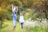 Family having fun in nature — 图库照片