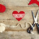 Handcrafting of felt heart — Stock Photo #63318341