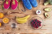 Tênis de corrida no chão — Fotografia Stock