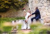 Jonge bruidspaar — Stockfoto
