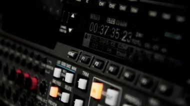 Professional video recorder. Format Betacam. Timecode (rewind). Betacam — Vídeo de stock