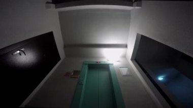 Elevator opening — Video Stock