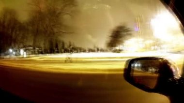 Driving a car at night in the city. Time lapse — Stok video
