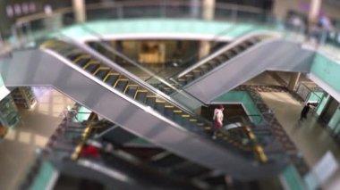 Moving escalator in public building — Stock Video