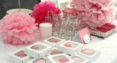 Decorated table for a girl baby shower — Foto Stock