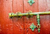 Old fashioned beautiful door lock — Stock Photo