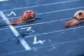 蜗牛赛跑的比喻上,英国反对美国 — 图库照片