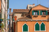 Beautiful venetian windows of a typical Venetian house, Italy — Stock Photo