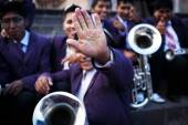 Unknown musicians of a brass band on parade in Cuzco, Peru — Stock Photo