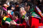 Účastníci průvodu v karnevalové kostýmy, Cuzco, Peru — Stock fotografie