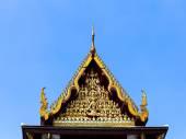 Beautiful ancient Thai temple gable  — Stockfoto