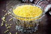 Israeli couscous ptitim, unprepared, healthy cereals, tasty diet — Stock Photo