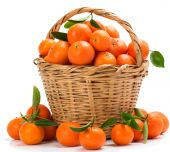 Basket with tangerines — Stock Photo